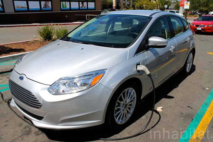 Ford Focus EV; car charging points