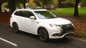 Mitsubishi Outlander PHEV Electric Car review. carwow